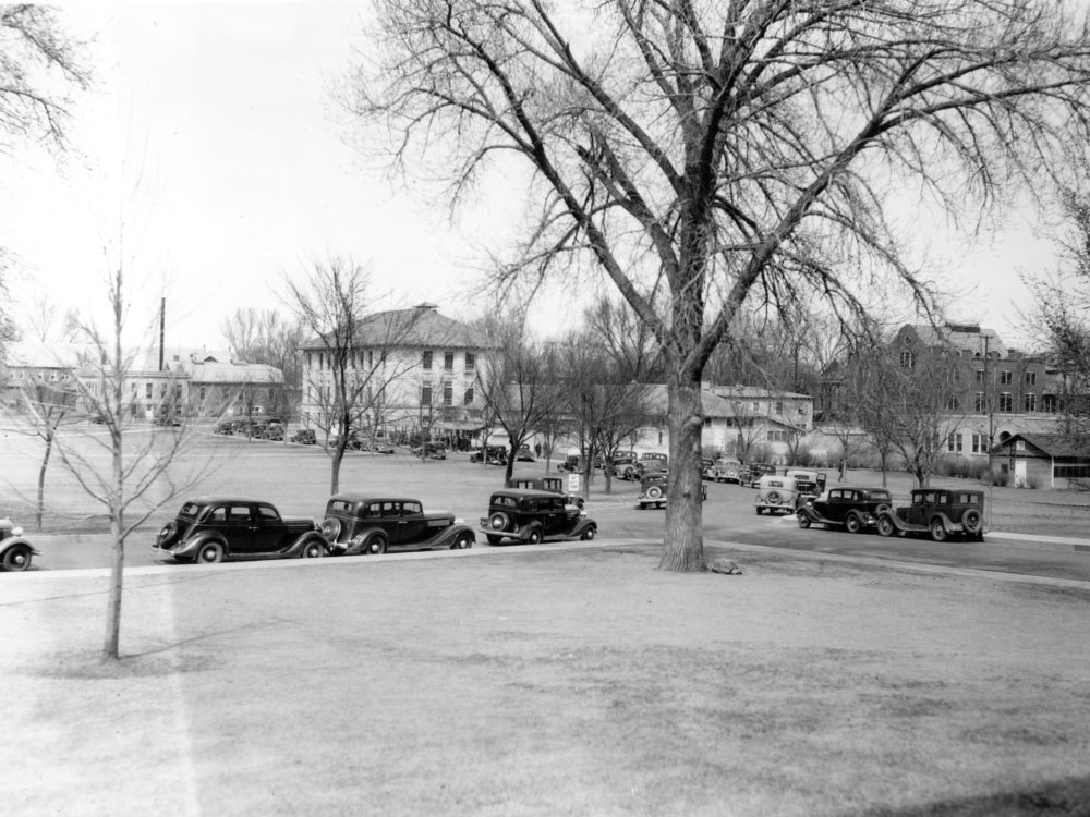 Historical photo of cars on the CSU Oval